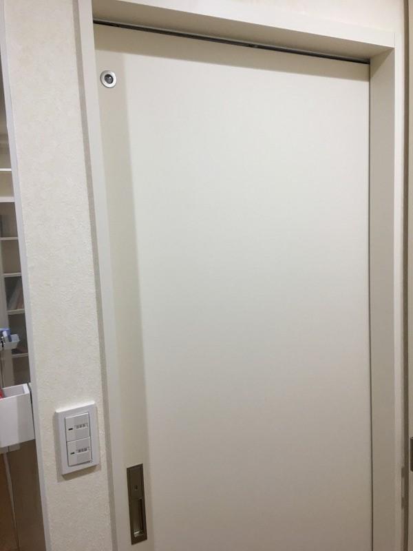 トイレ・洗面所用片引戸上吊